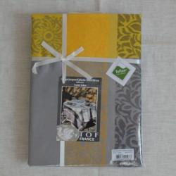 Nappe jacquard en 100 % coton dans les coloris taupe et jaune