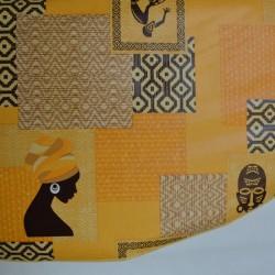Toile cirée ronde Ø 155 pour 4 à 6 couverts à l'esprit africain finie par un biais, existe en 2 coloris