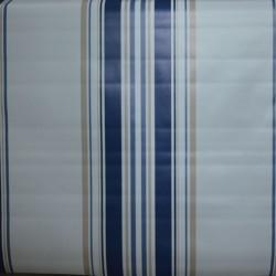 Toile cirée standard en 160 cm à l'esprit basque avec ses rayures bleues