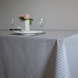 Nappe enduite en toile enduite grande largeur 180 cm avec de fines rayures marine presque anthracite