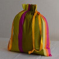 Pochette en tissu ou coton enduit