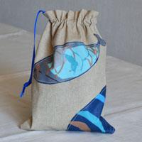 pochette en tissu enduit ou coton pour le maillot de piscine