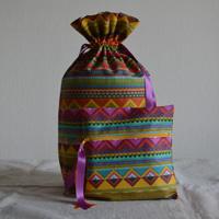 Pochettes réalisées en toile enduite