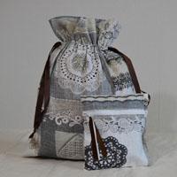 Pochettes réalisées en tissu enduit ou toile enduite